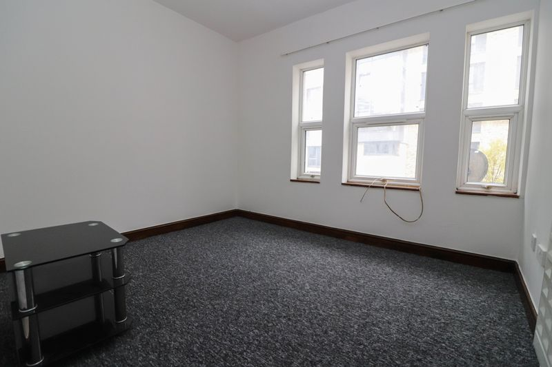 One Bedroom – First Floor Flat – Central Location