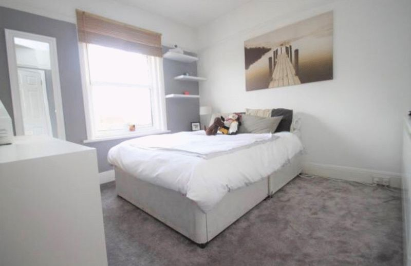 ** Room to Rent, All Bills Included**