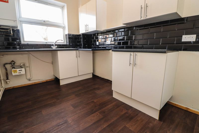 One Bedroom – Ground Floor Flat – Available Now