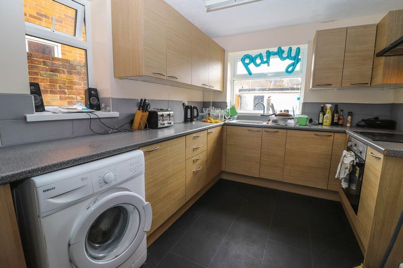 Three Double Bedrooms – Student Property 2019 – Bills Included Option