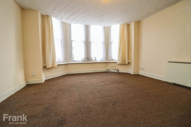 One Bedroom – Ground Floor Flat – Available Early November