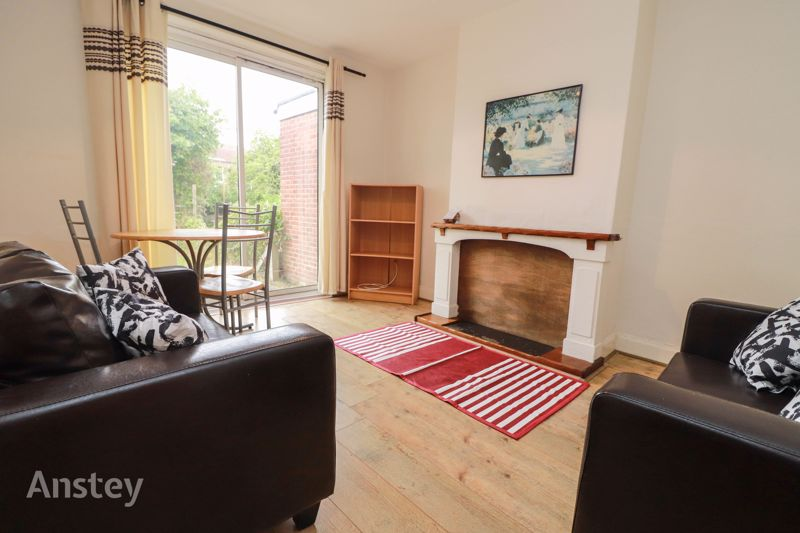Four Bedroom – Student House – October 2021