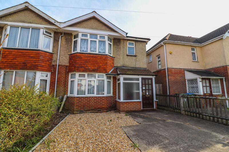 Three/Four Bedroom Property – Student House – Available July/August 2019 – Bills Included Option