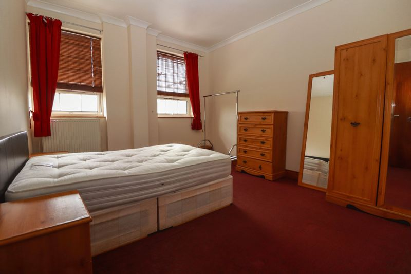 Two Double Bedroom Apartment – Central Location – Flexible Furnishings – Some Bills Included