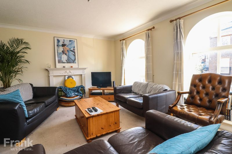 Four Bedroom – Student/Sharers Townhouse – July 2022