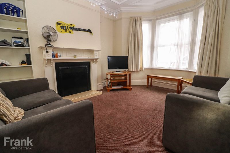 Four Bedroom Student Property – Polygon – September 2021 – 10 Month Contract