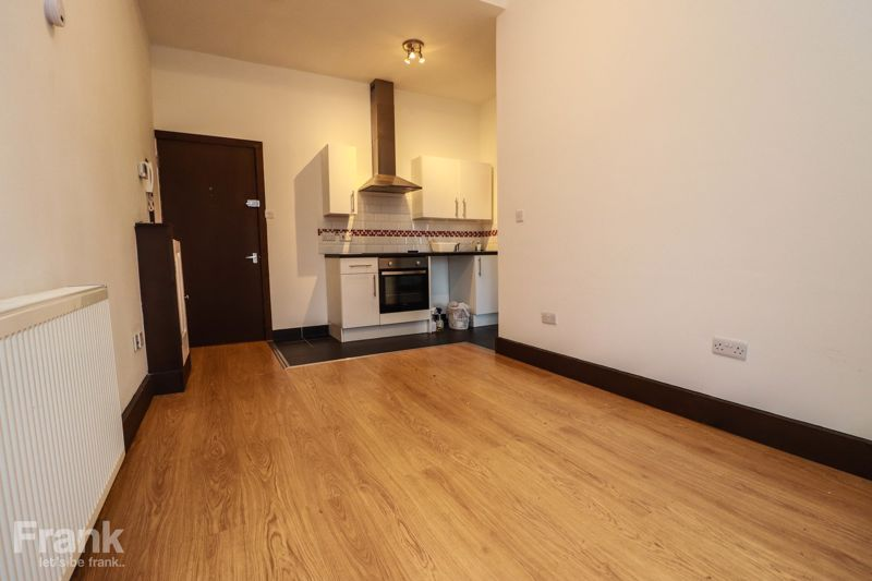 Modern – One Bedroom Apartment – Shirley