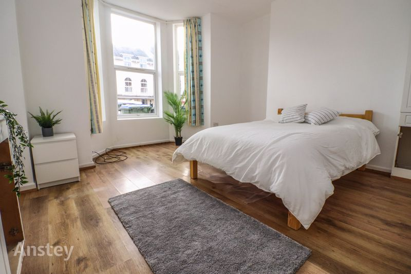 Ground Floor – Studio Apartment – Available Early October