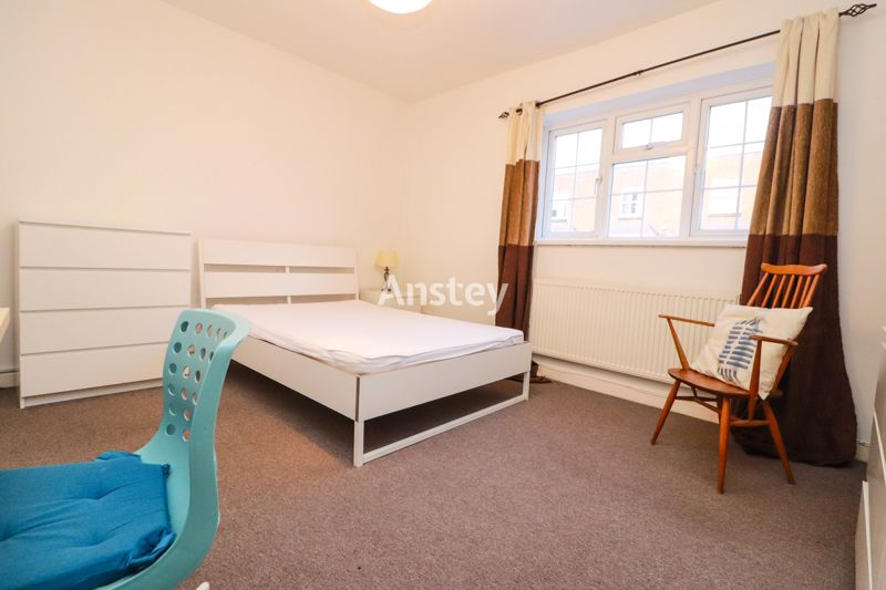 Five Bedroom – Town Centre Location – July 2021