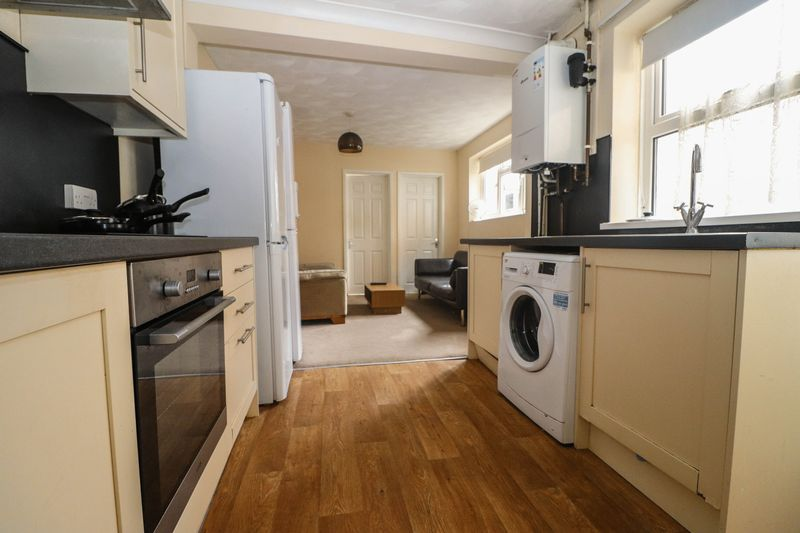 Four Double Bedroom – Two Bathrooms- Student/Sharers Property 2021