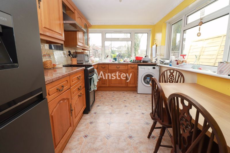 Three Double Bedrooms – Student House 2021 – Bills Included Option