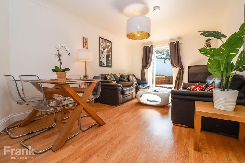 Student Property 2021 – Recently Modernised – Five Doubles