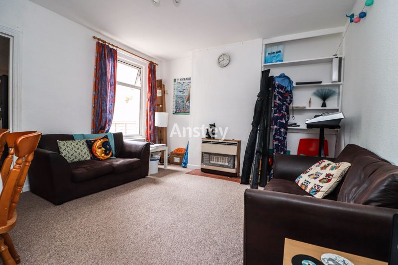 Four Double Bedroom – Student/Sharers Property – Bills Inclusive Option 2021