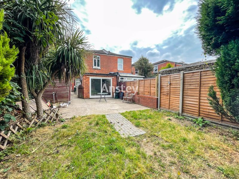 Two Bedroom – Ground Floor Flat – Available October 2021